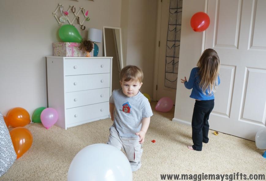 kids activity using balloons