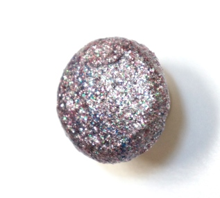 DIY Glitter Knobs with Mod Podge