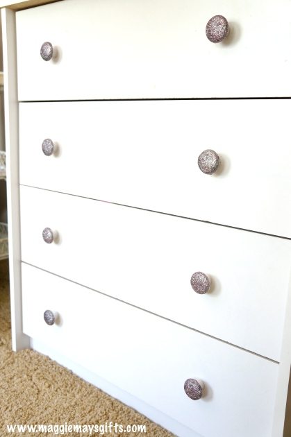 Make your own glitter knobs-kids dresser