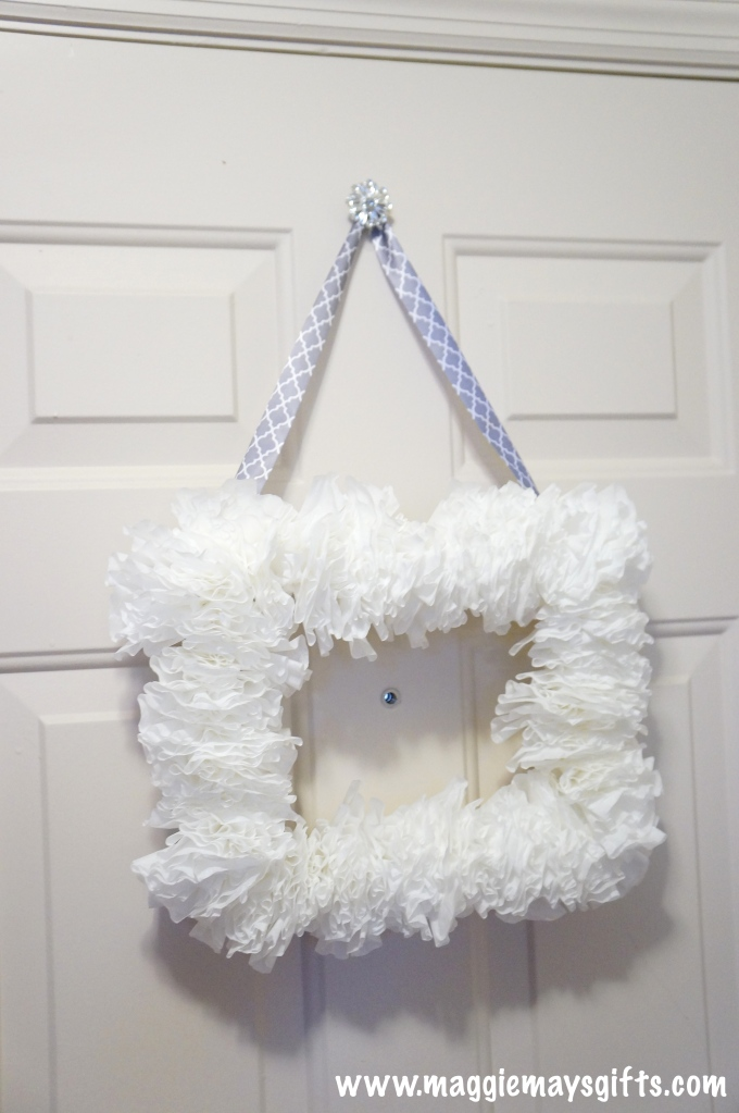 winter wreath using coffee filters