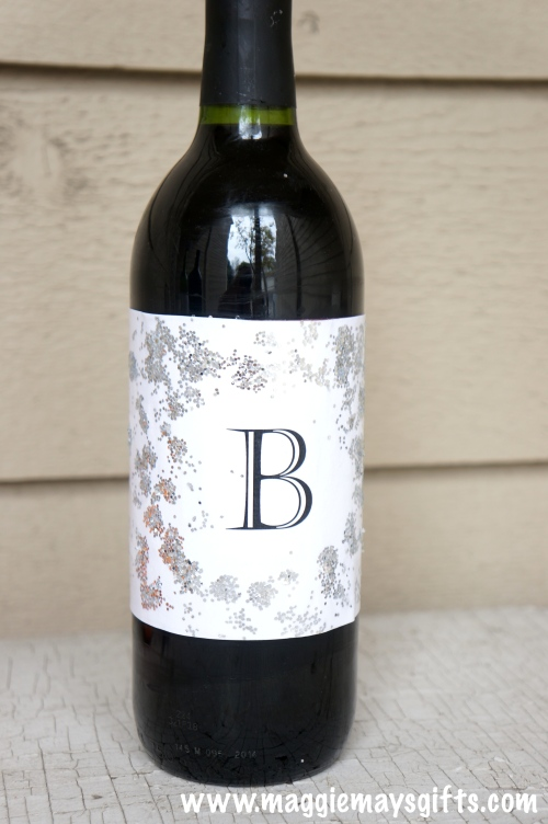 Make your own personalized holiday wine bottles