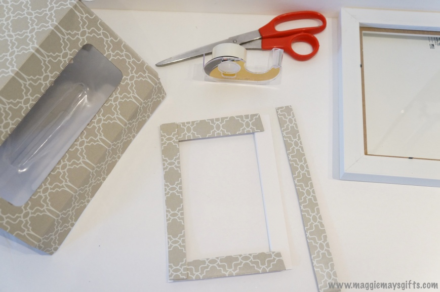 Maggie May's Kleenex decoration- cut strips to mat